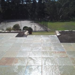 Harvest gold 450mm x 450mm natural stone pavers